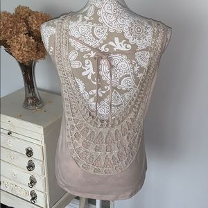 Beautiful lace back tank